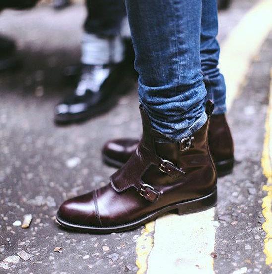 Cowok Keren Wajib Kenal 11 Model Sepatu Pria ini  3e49c024a6