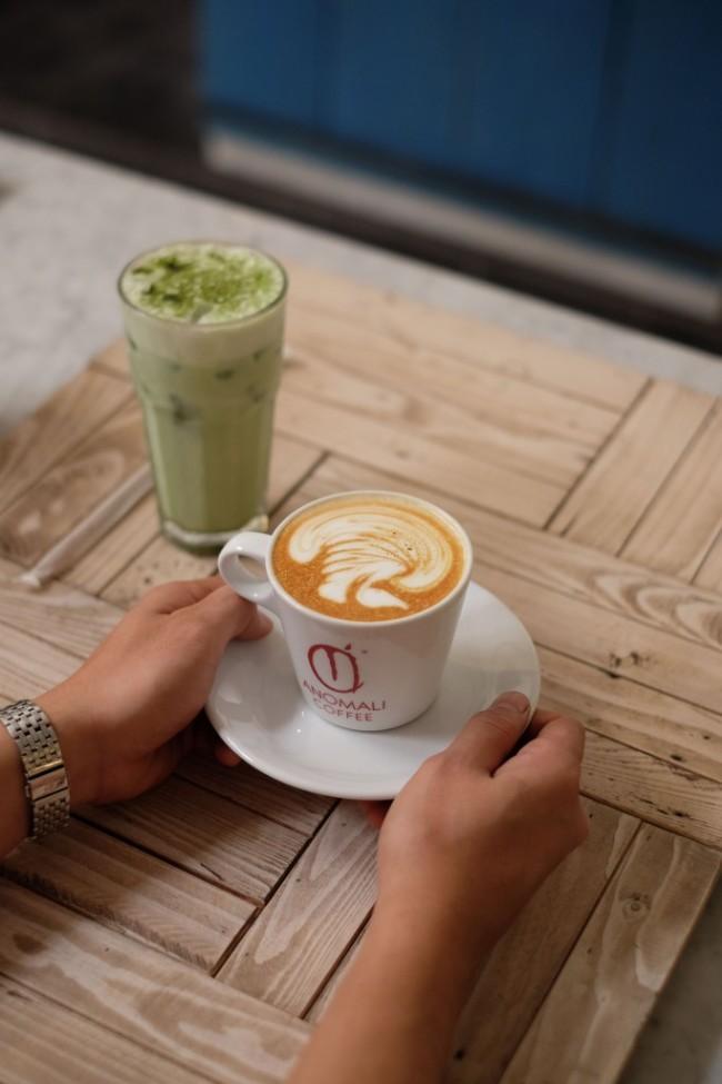 Kopi Anomali Coffee Pakubuwono