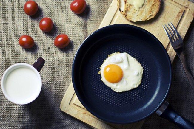 food-breakfast-egg-milk