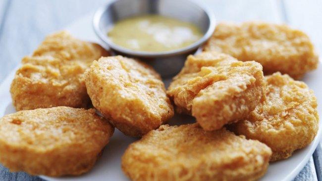 makan sahur chicken nugget
