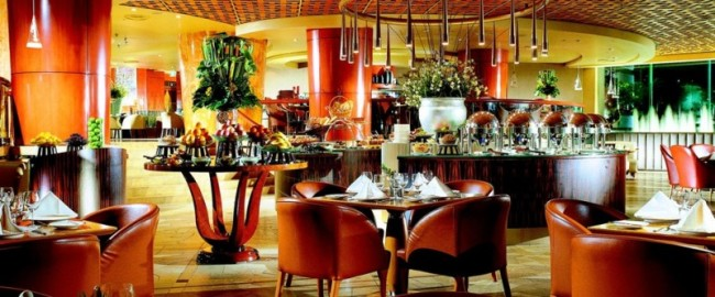 Town_Restaurant_-_The_Fullerton_Hotel_Singapore47fe1e