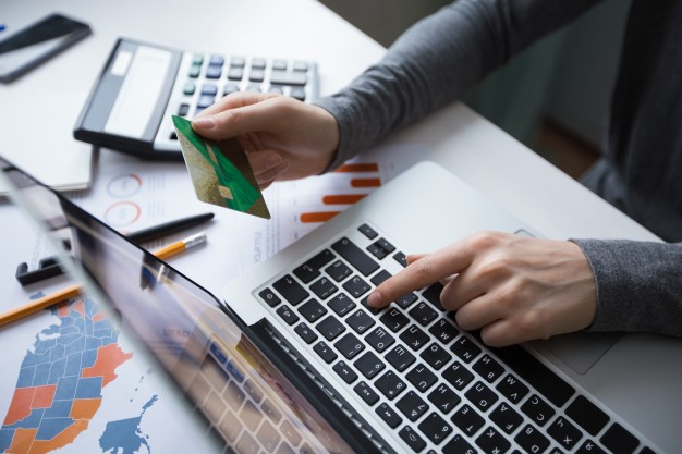 Kode Promo Tokopedia - Cicilan 0% untuk Tenor 3% dengan Kartu Kredit BRI, UOB, HSBC, MAYBANK, Standard Chartered, ANZ & OCBC NISP