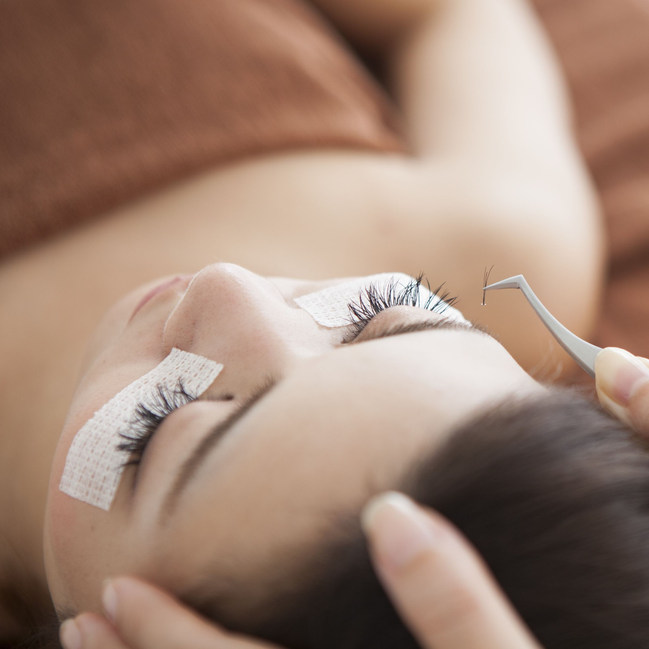 Natural Eyelash Extension for 1 Person (1 Session)