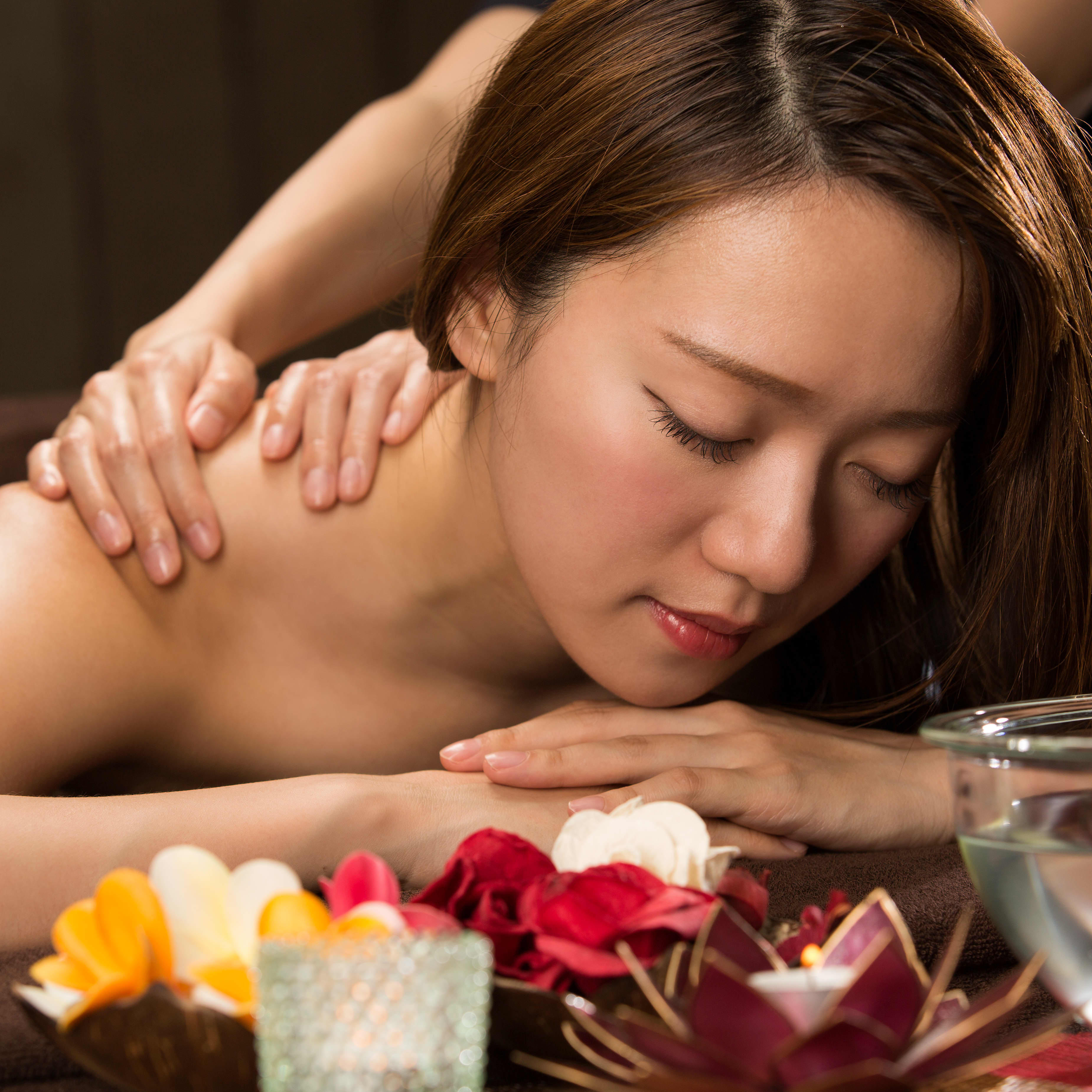 90-Min Relax & Glow Bundle for 1 Person (1 Session)