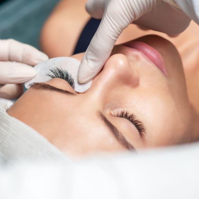 Natural Eyelash Extension (1 Session)