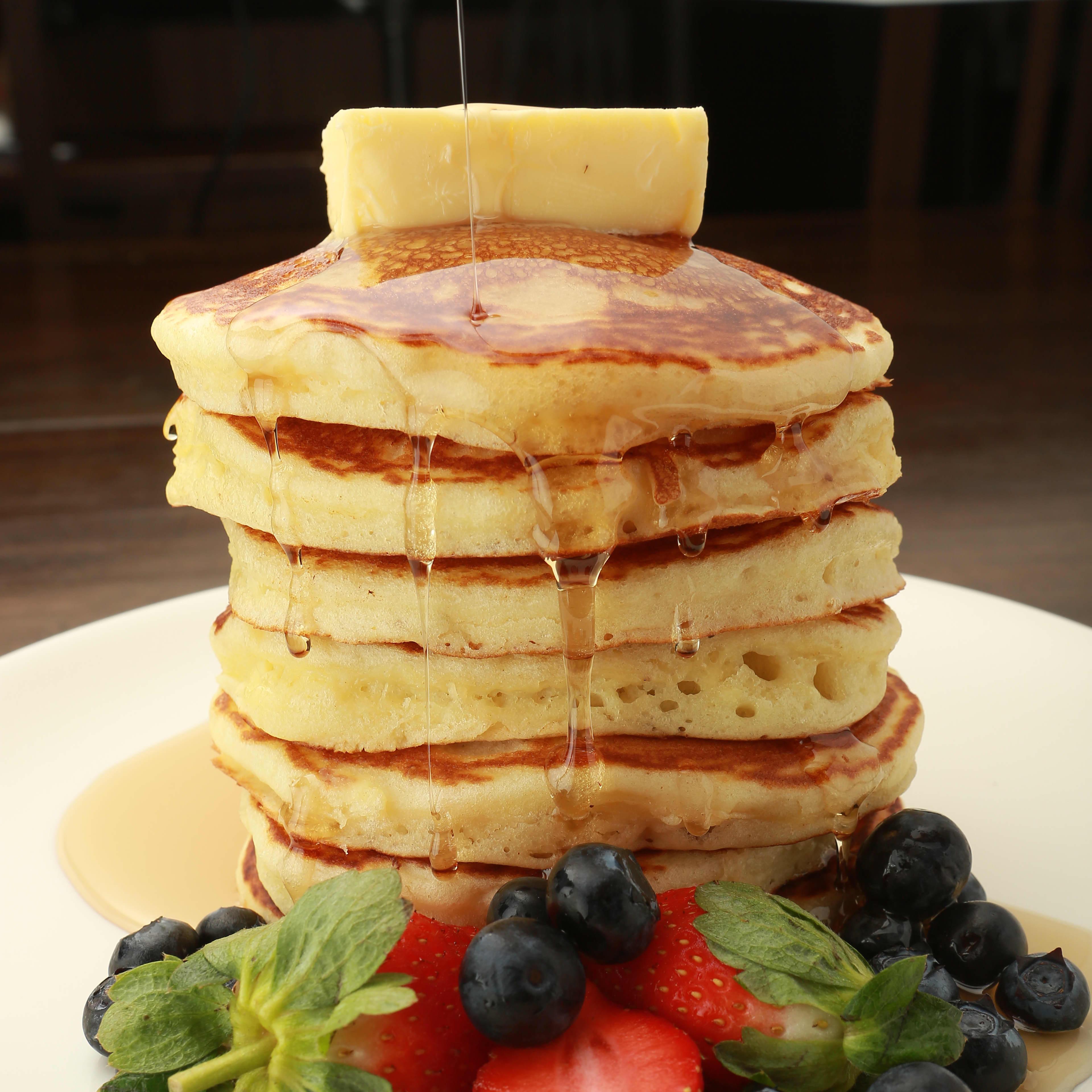 1 x Signature Savoury + Dessert Pancake (Short Stack) Set