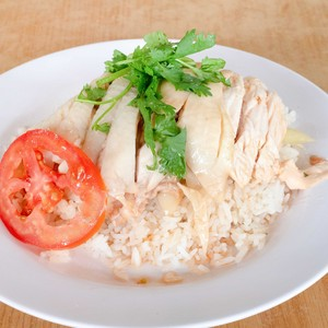 1 x Steamed/Roasted Chicken Rice