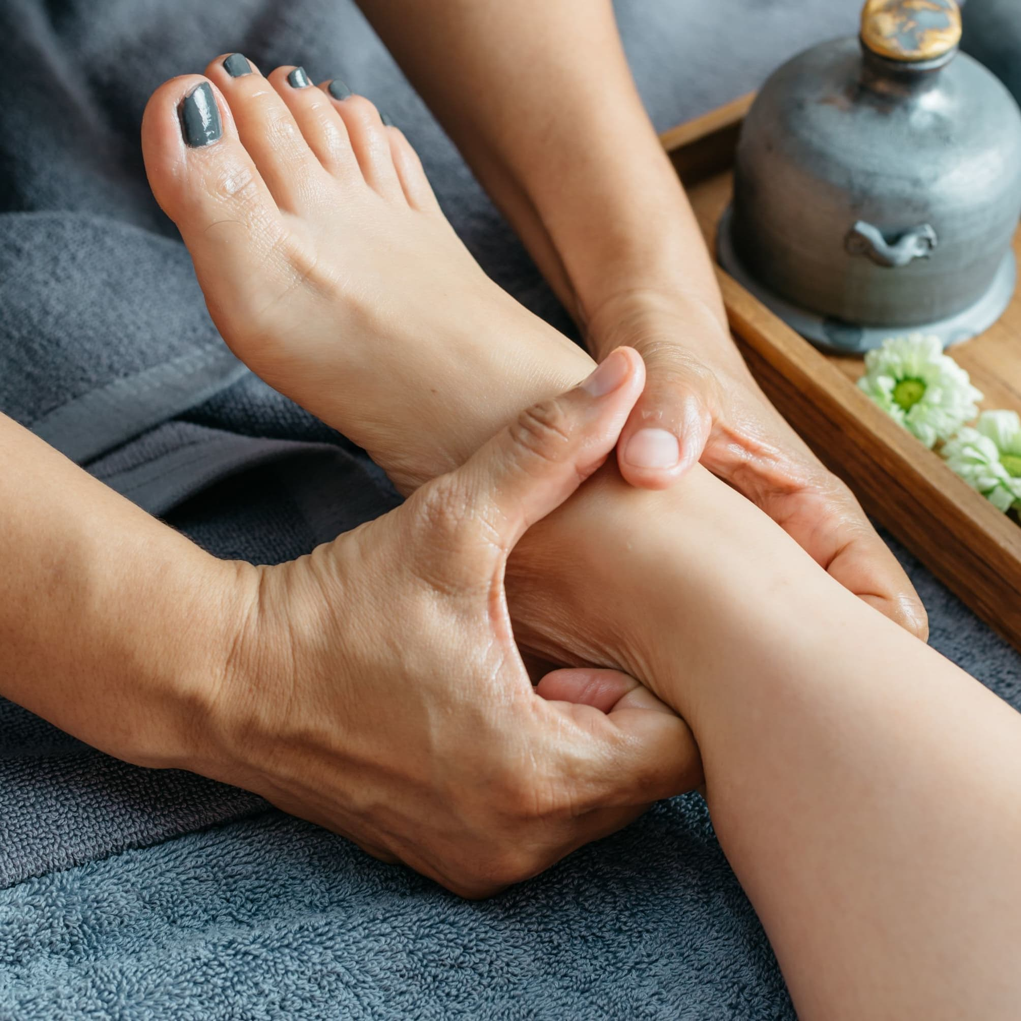 60-Min Foot Reflexology for 2 people (1 Session)