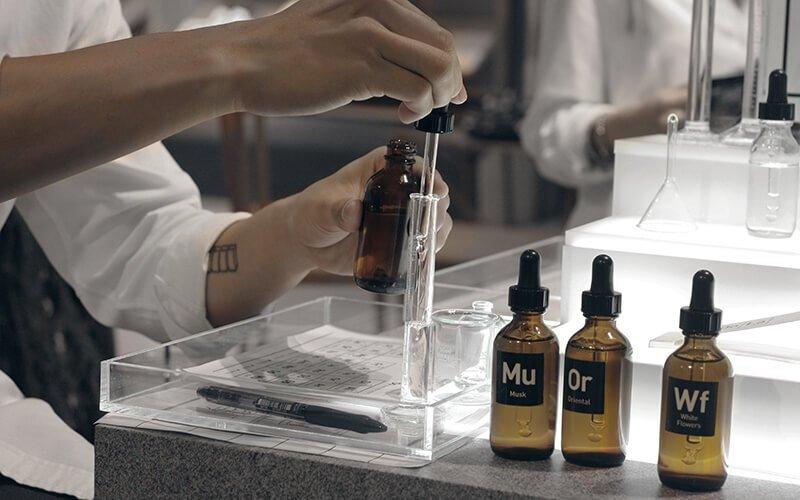 2 Hours 20ml Perfume Workshop (1 pax)