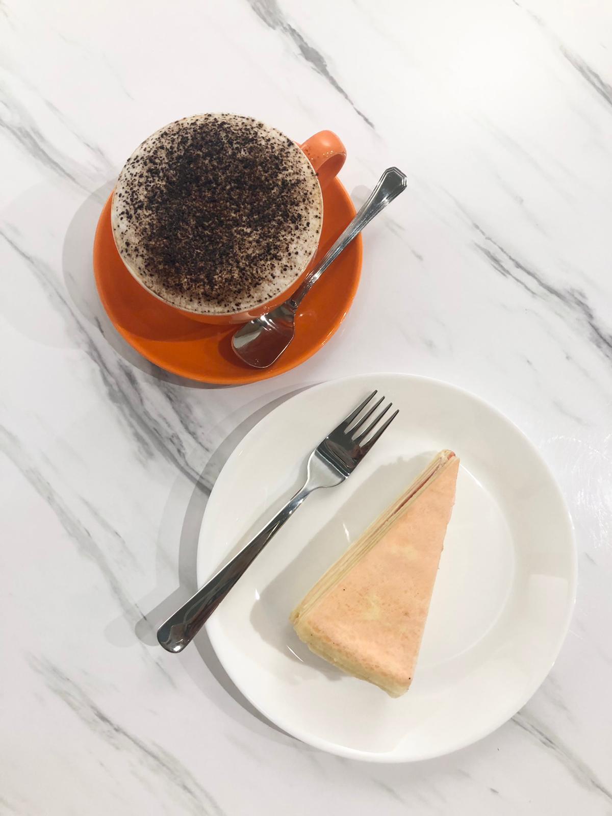 1 x Signature Cake with Coffee Set