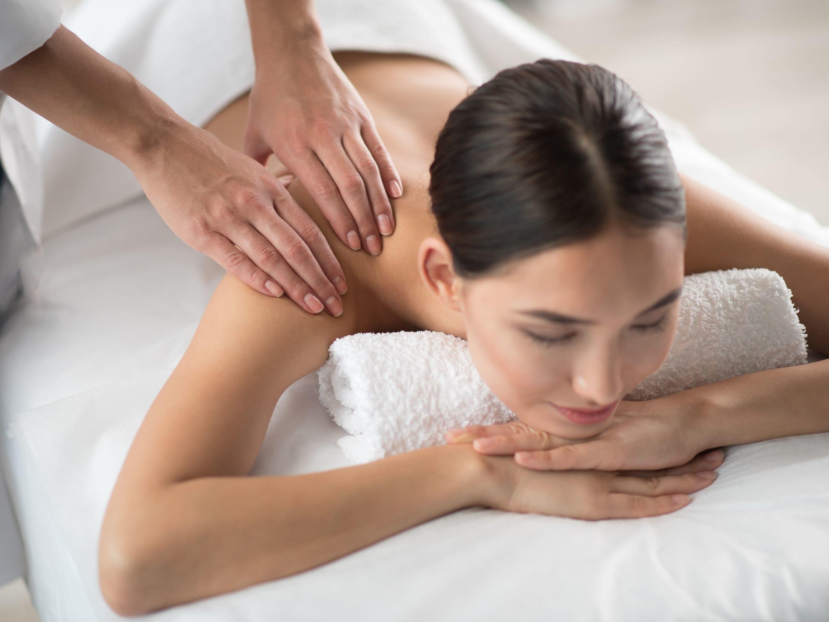 1.5-Hour Aroma Swedish Full Body Massage + Meridian Bo Jin Body Treatment for 2 People
