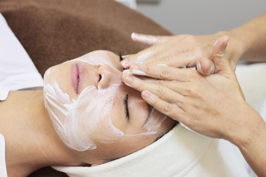 75-Min Pure Tincture Customised Organic Facial (1 Session)