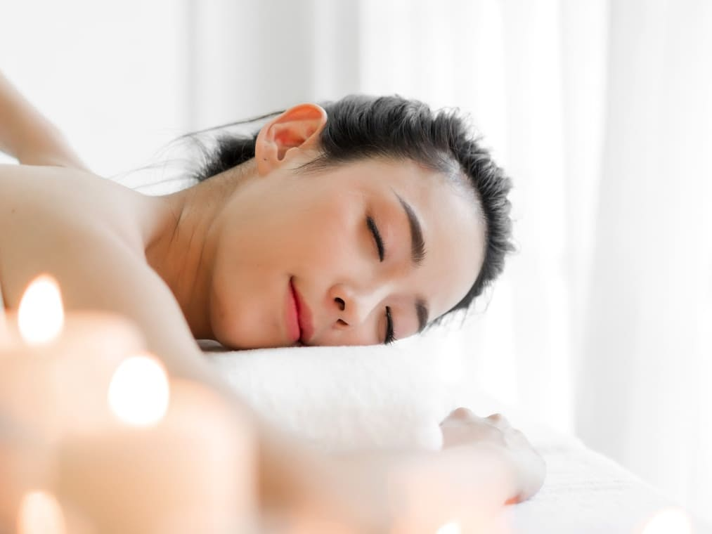 1 Hour Body massage for 2 Person (1 Session)