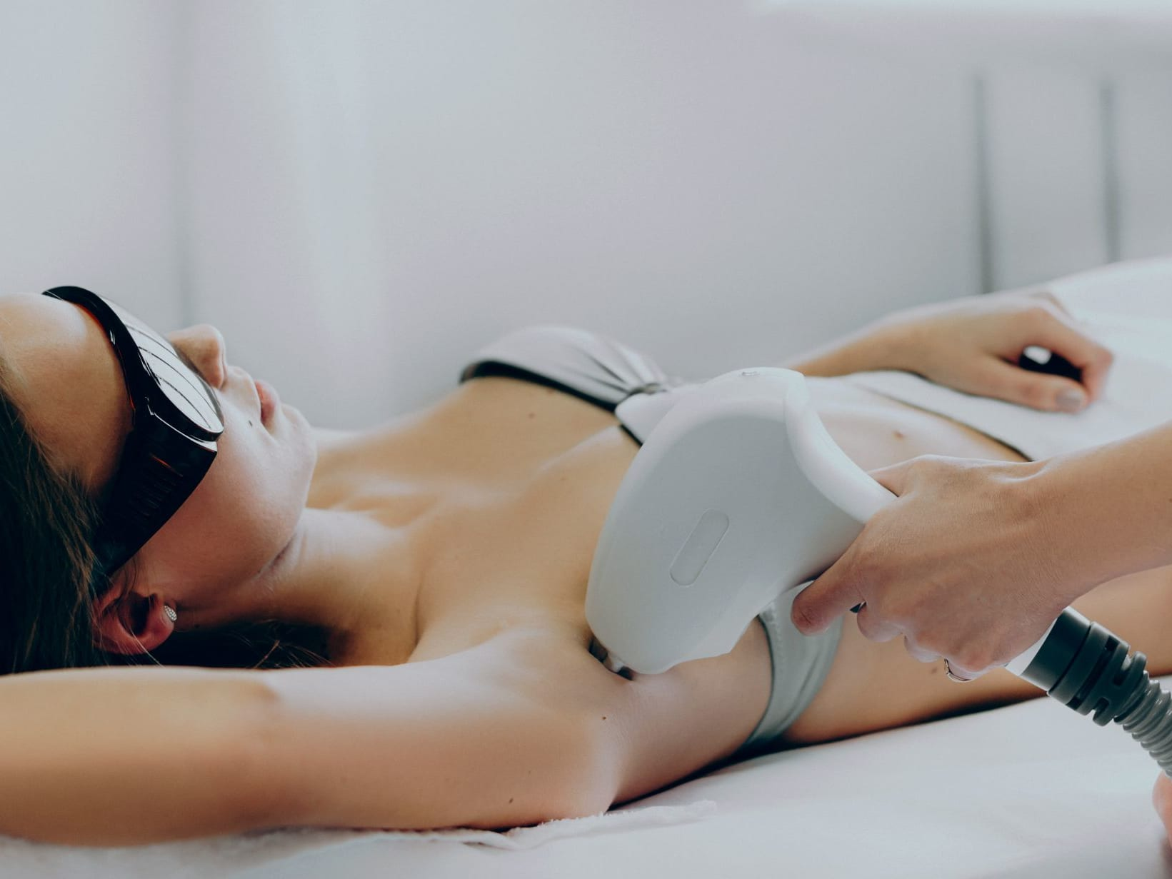 12 Sessions of Underarm SHR Hair Removal + 1 Session of Brightening Treatment for 1 Person