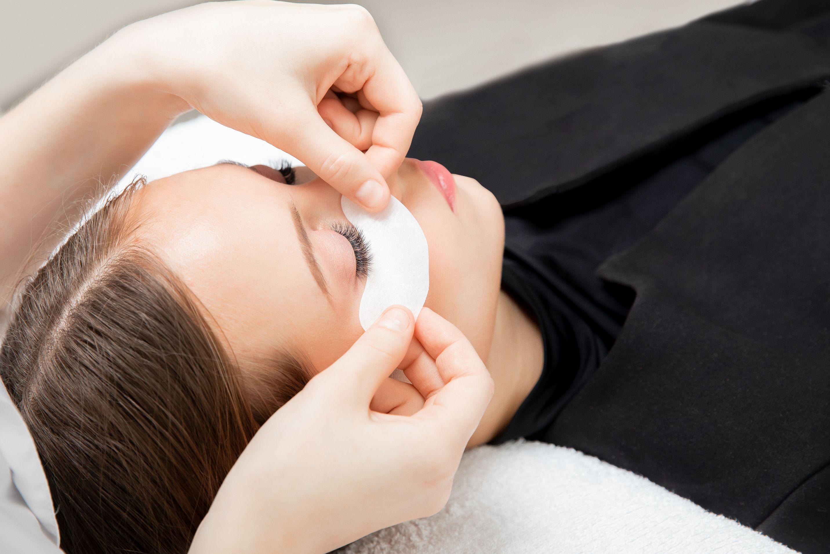 Classic 1D Lash By Lash Korean Eyelash Extension + Free Collagen Eye Mask