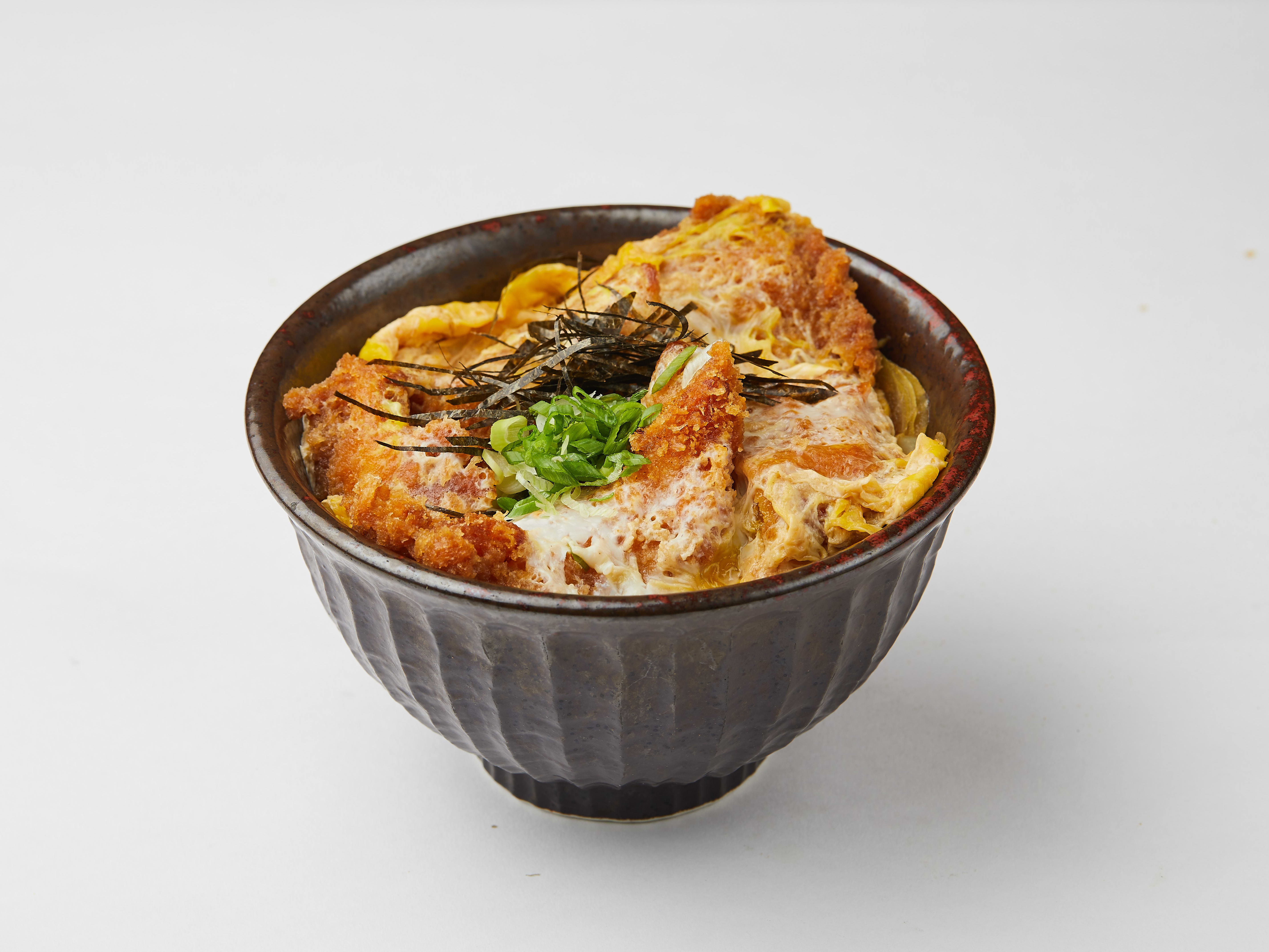 1 x Chicken Katsu Oyakodon or Vegetable Tendon with Miso Soup & Drink Set [Limited Stock]