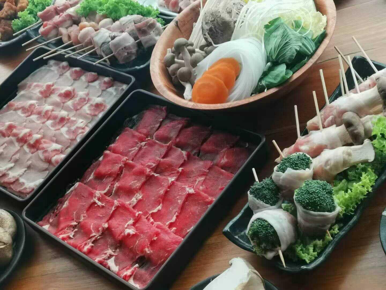 1 x Australian Wagyu Beef Shabu Shabu Buffet (1-Pax) + Free 100g Japanese Wagyu A4