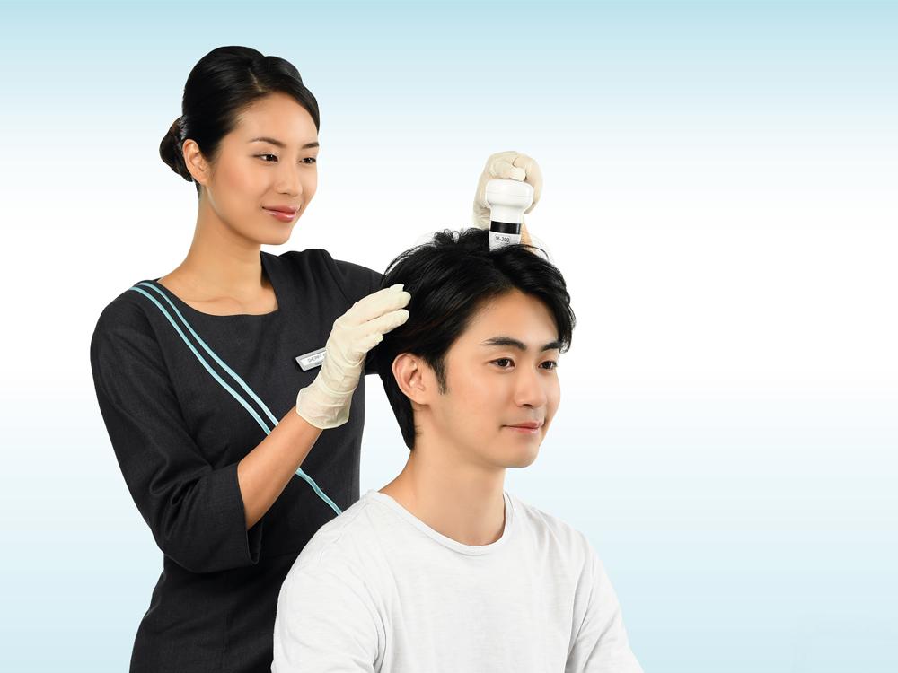 Customized Hair Treatment with Hair/ Scalp Analysis & Hair Care Kit