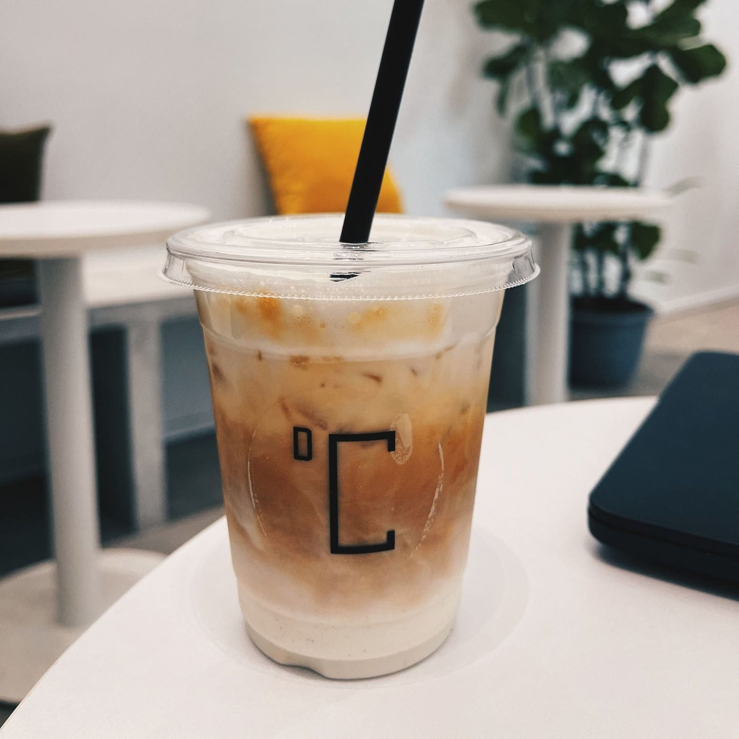 1 x Any Coffee Drinks (Hot/Iced) [Exclusive Deal]