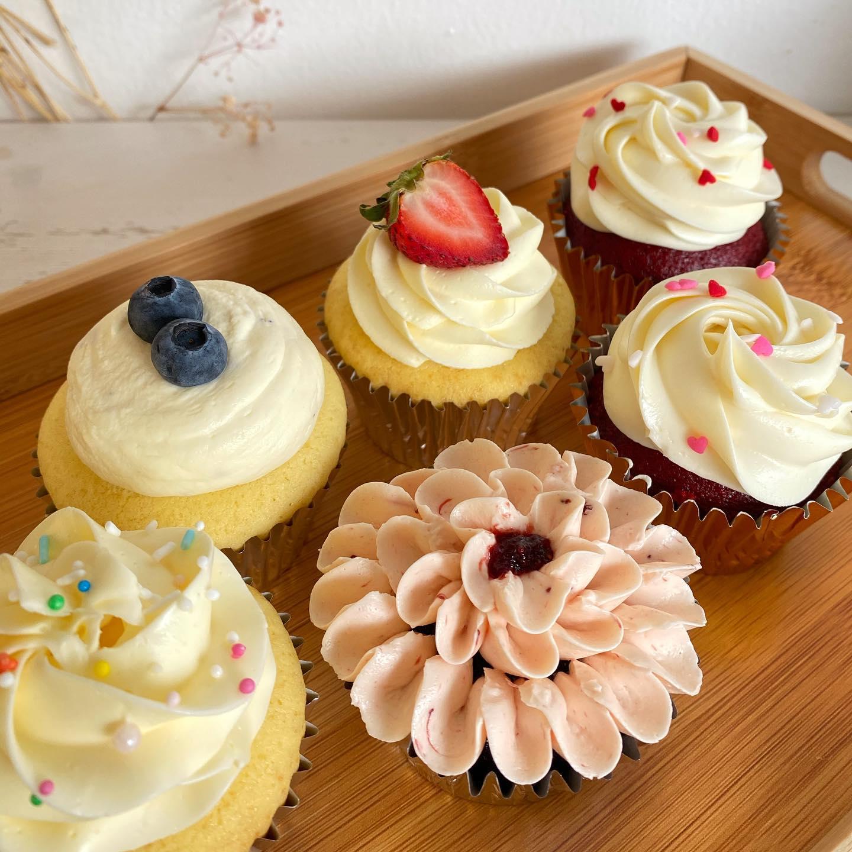 4 x Cupcakes