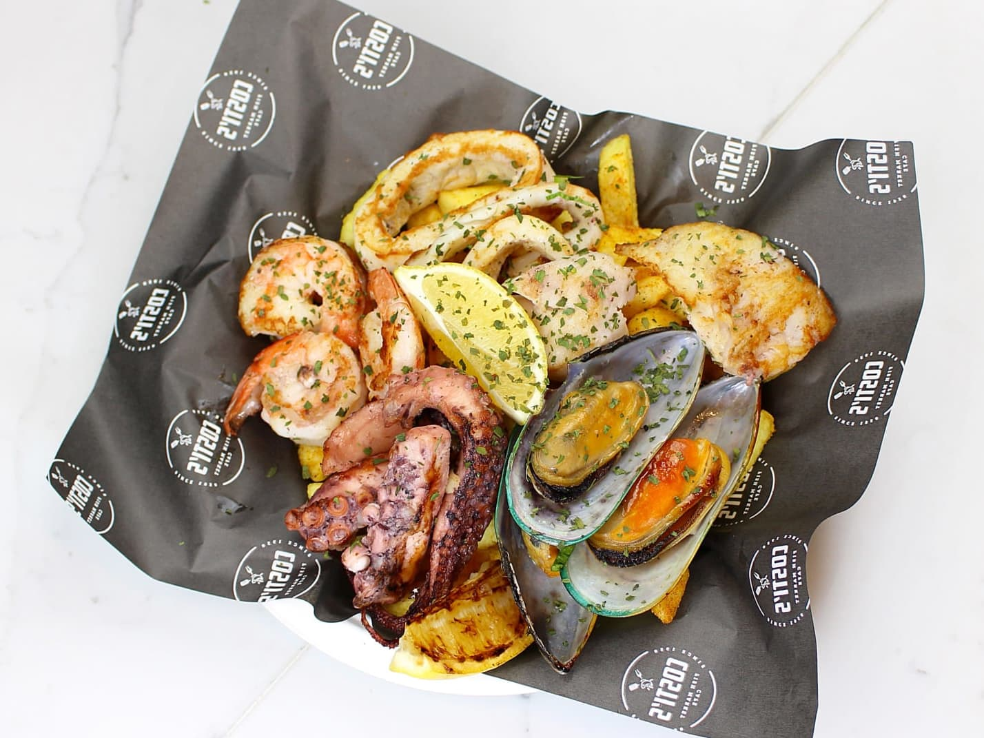 1 x Mix Seafood Grill, Chips and Salad