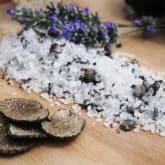 Truffle Fleur de Sel ( MELTING SEA SALT ) 150 gram