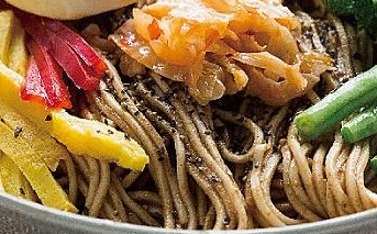 胡椒麻醬拌麵熱銷